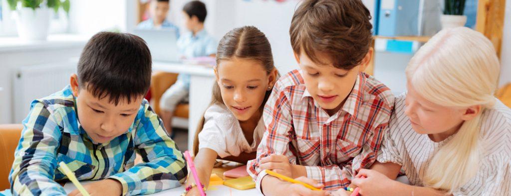 Kinder lernen gemeinsam